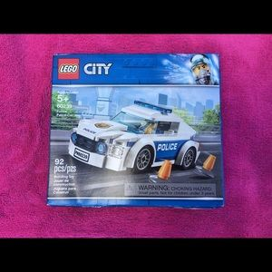 Lego City Police Patrol Car 60239 New in Box